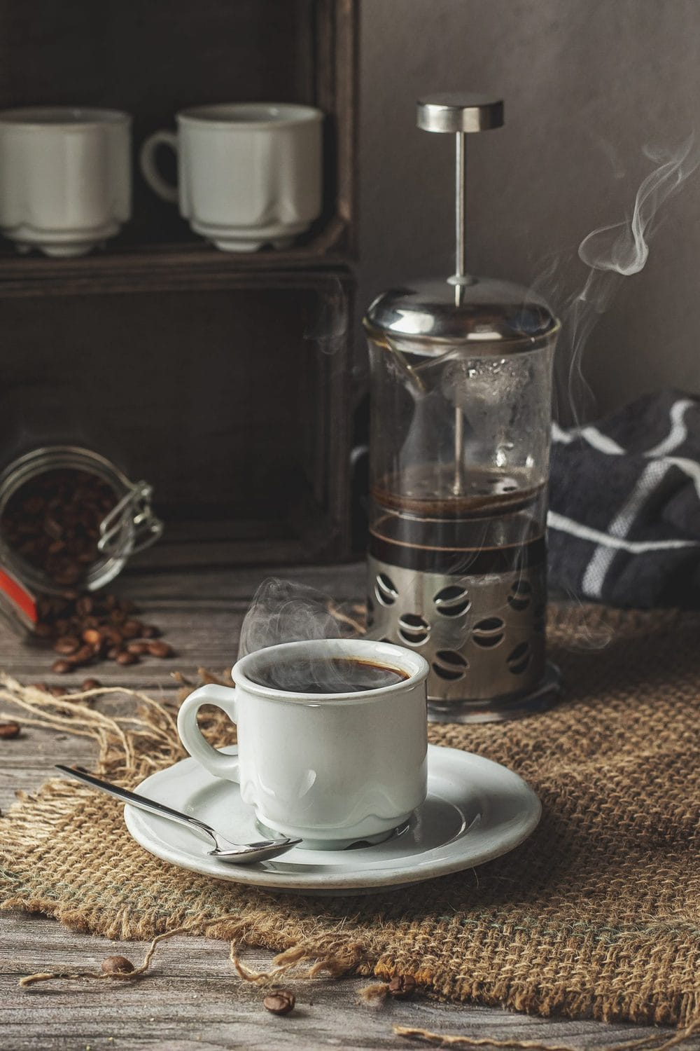 How to make coffee with a French press. Coffee served.